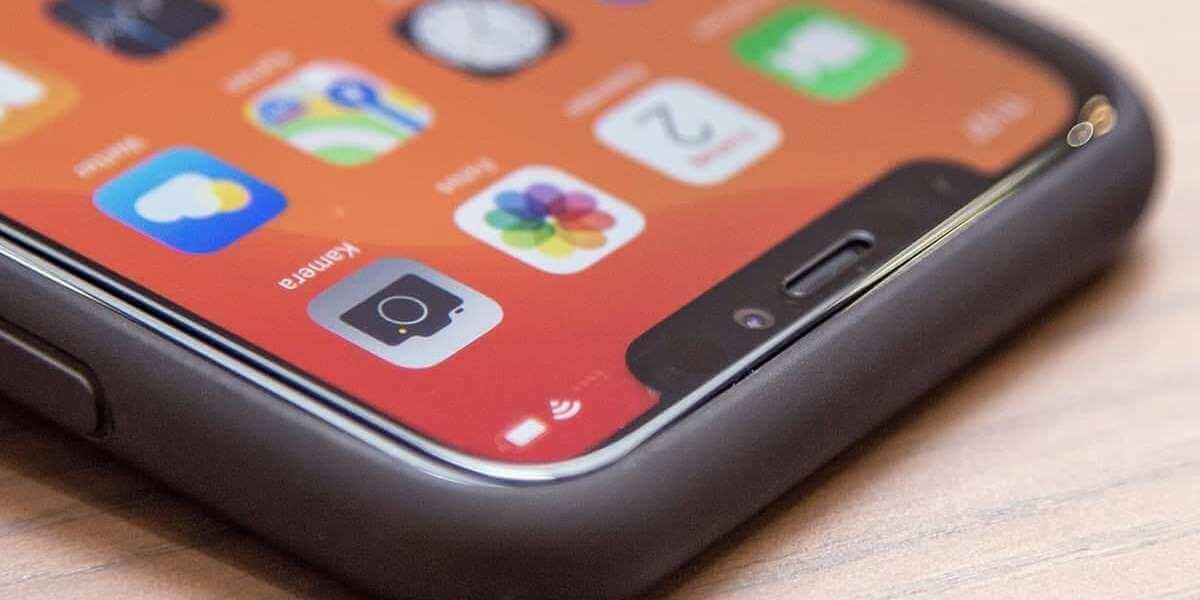 Защитное стекло SP Connect для iPhone