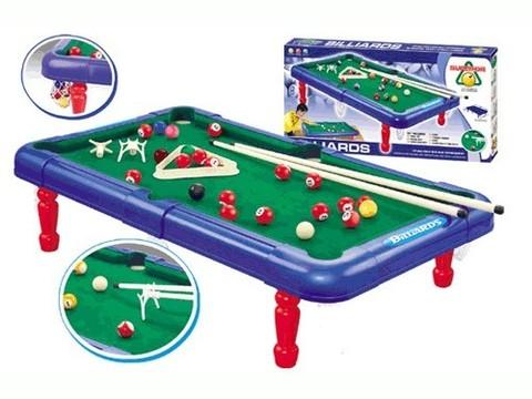 Набор для игры в бильярд, подростковый. В комплекте стол (71*41*17) с сетками для луз, 2кия, набор шаров, треугольник, подставка для кия. :(628-01):