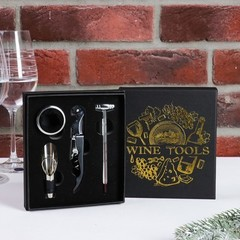 Набор для вина в картонной коробке