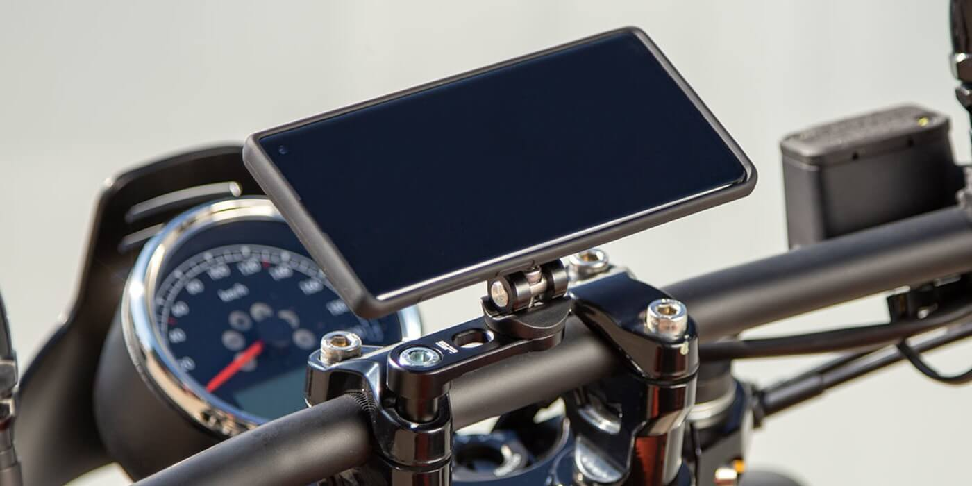 Крепление на вынос руля мотоцикла SP Connect BAR CLAMP MOUNT PRO CROME
