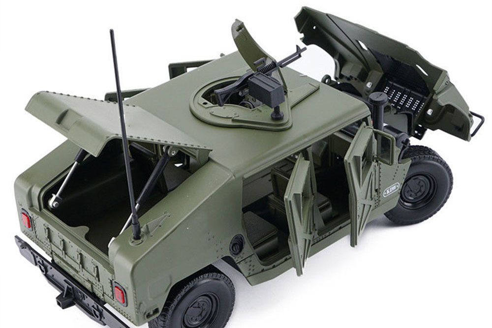 Коллекционная модель HUMMER H1 MILITARY 2000 GREEN (CHINA EDITION)