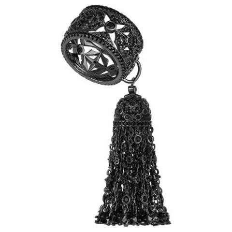4647-Кольцо из серебра с густой кисточкой из цепочек в черном родии