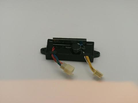 Блок AVR DDE 2 кВт, 1Ф DW190AE (2колодки на 6 и 4 провода) унив.