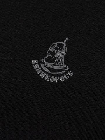 Худи чёрного цвета с логотипом, без лампасов