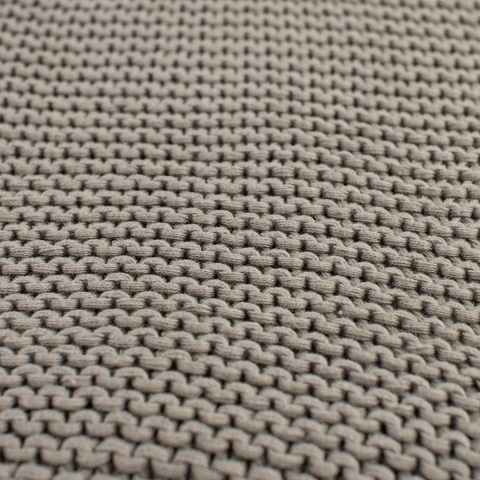 Плед жемчужной вязки серого цвета Essential, 180х220 см