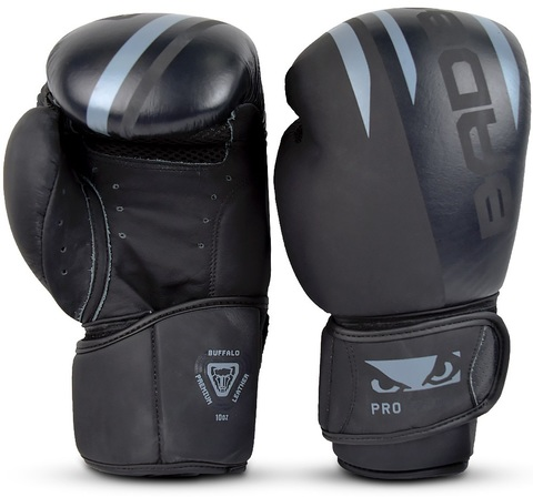 Перчатки для бокса Bad Boy Pro Series Advanced Boxing Gloves - Black/Grey