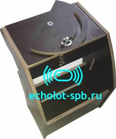 Столик для установки эхолота с поворотной площадкой