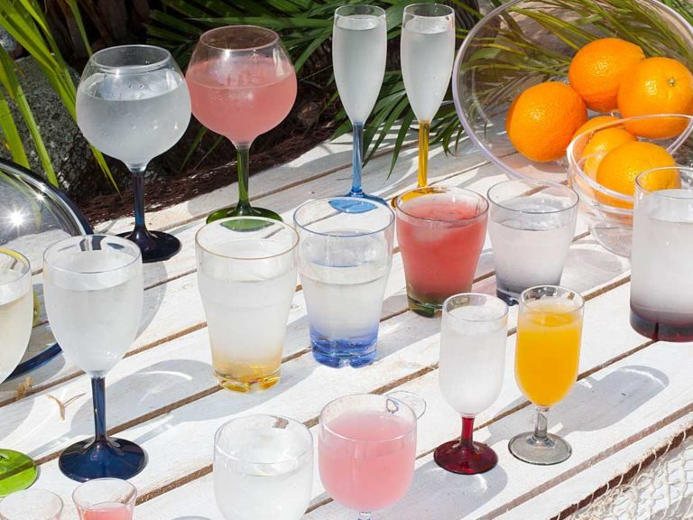 STACKABLE WATER/WINE GLASS -COLOURS BASE, PARTY 6 UN