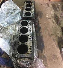 БЛОК цилиндров на МАН ТГЛ двигатель Евро-3, в наличии, в отличном состоянии, запчасти из Европы!