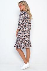 """<p>""""Сандра"""" - платье удачного кроя, приталенное, рукав 3/4, вырез горловины классический округлый. По низу платья волан, придающмй образу лёгкость и нарядность одновременно.<span>(Длины: 44-93см;46-94см;48-94см;50-95см;52-95см)&nbsp;</span></p>"""