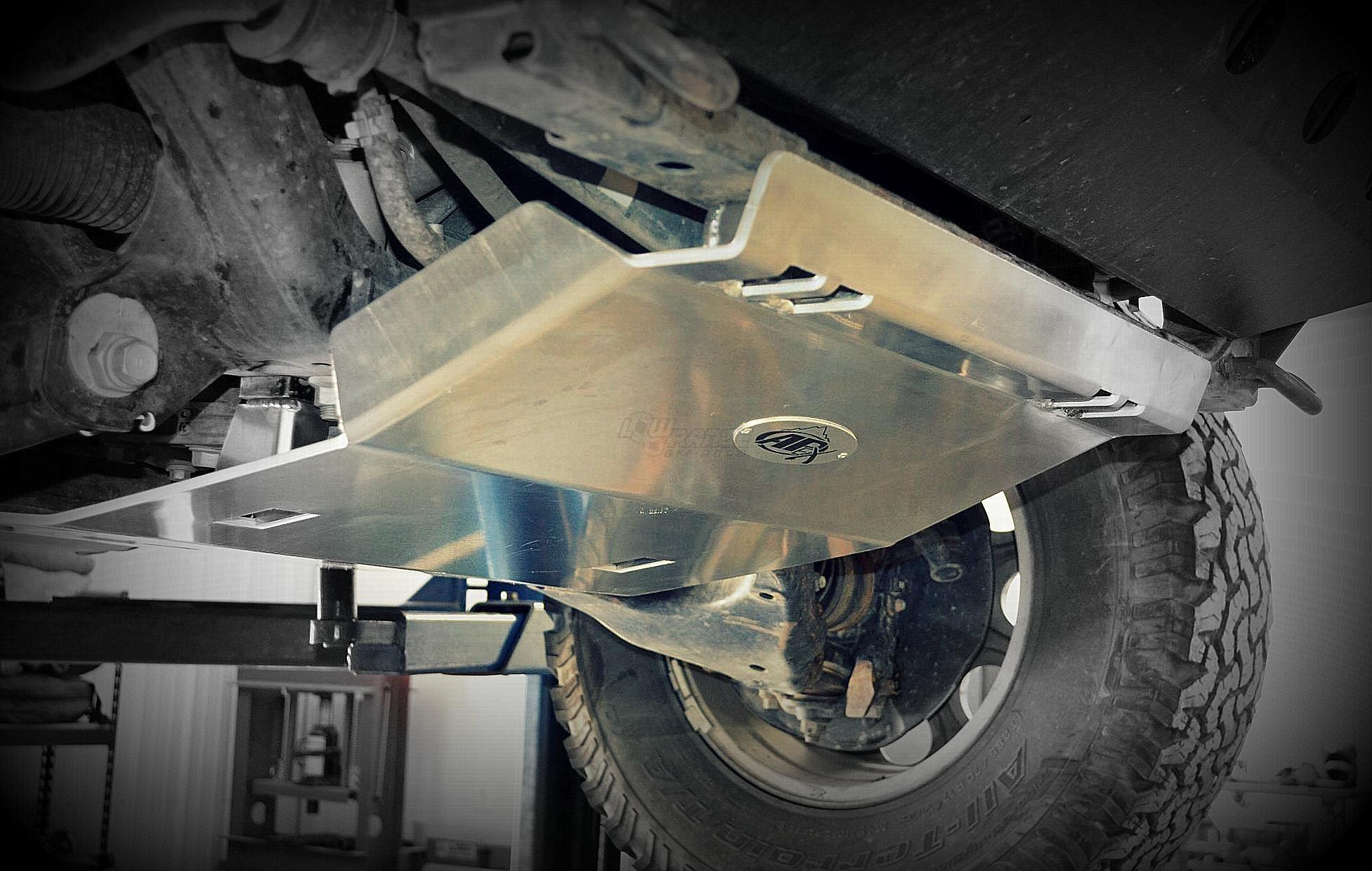 Установка защиты Toyota Tundra