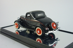 Ford 1933 V8 Coupe couch maroon Classic Carlectables 1:43