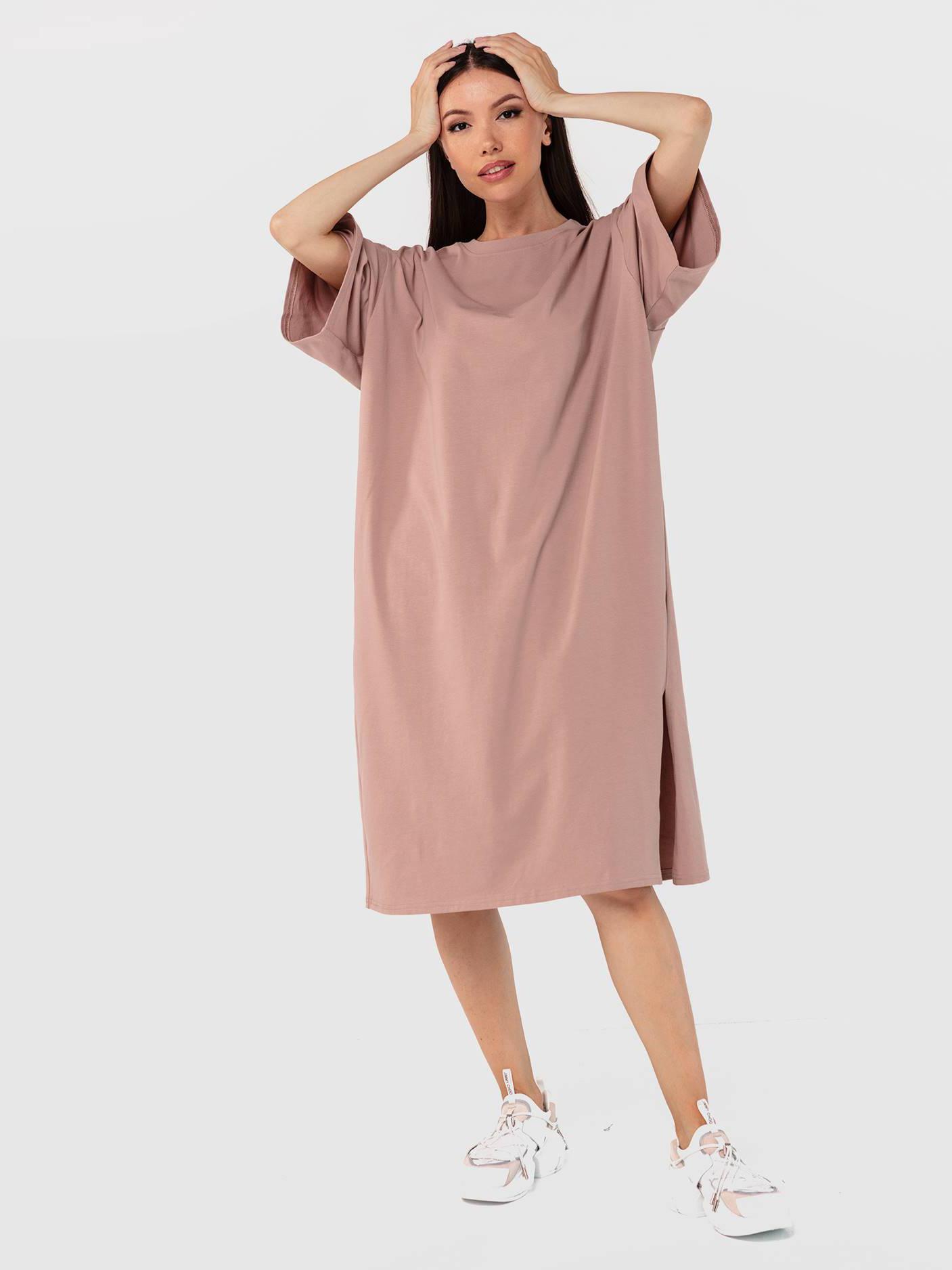 Платье-футболка темный визон с разрезом