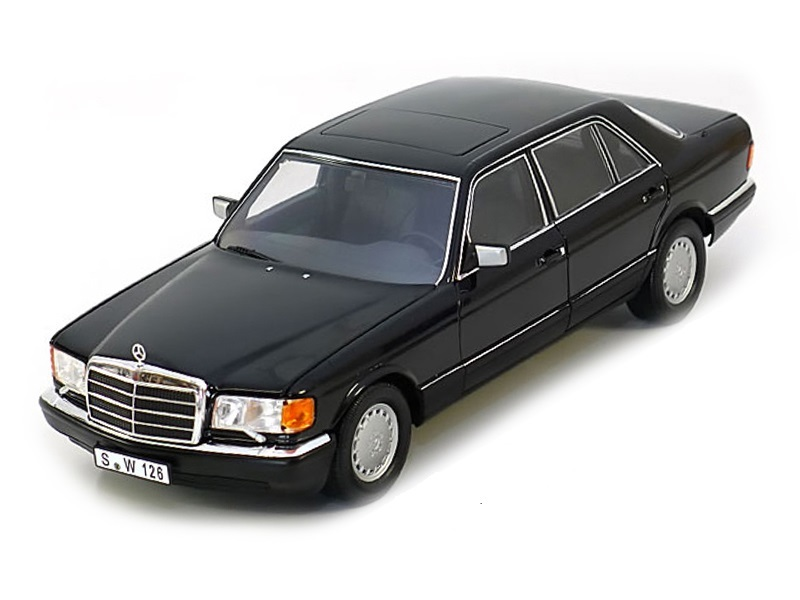 Коллекционная модель Mercedes-Benz W126 560 SEL 1985 Black