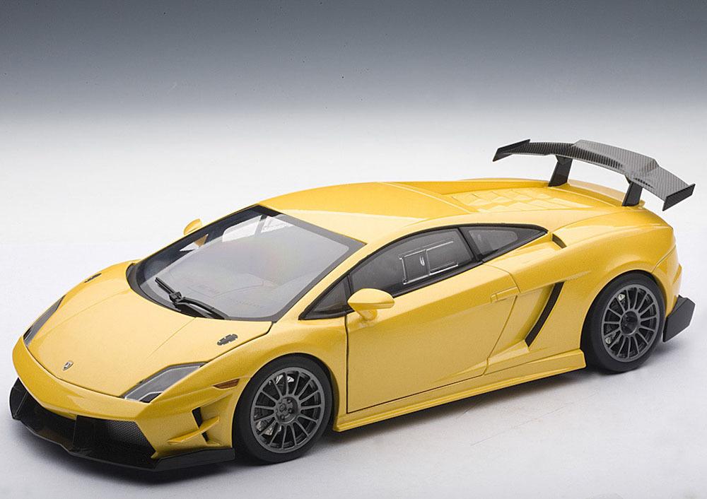 Коллекционная модель Lamborghini Gallardo LP 560-4 Super Trofeo 2009 Yellow
