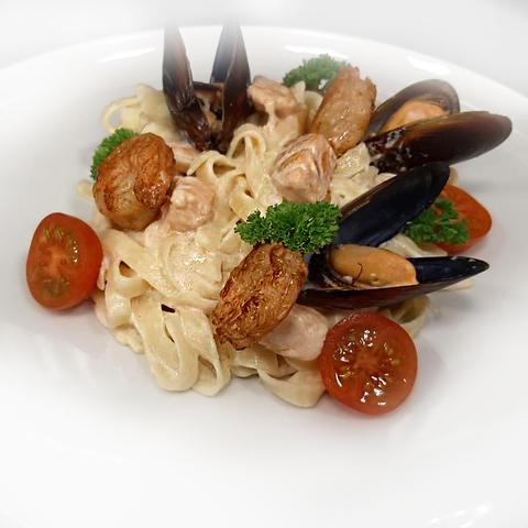 Спагетти с морепродуктмами