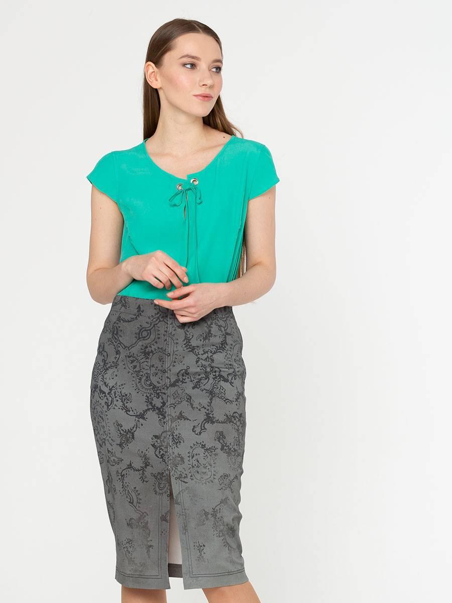 Блуза Г544а-346 - Бирюзовая блуза – необходимая база любого летнего гардероба. Небольшой рукавчик и прямой силуэт скрывают возможные несовершенства фигуры. Блуза с длиной до бедра позволяет носить ее как заправленной в штаны или юбку, так и навыпуск. Модель выполнена из итальянской вискозы, которая обеспечивает комфорт даже в знойные дни.
