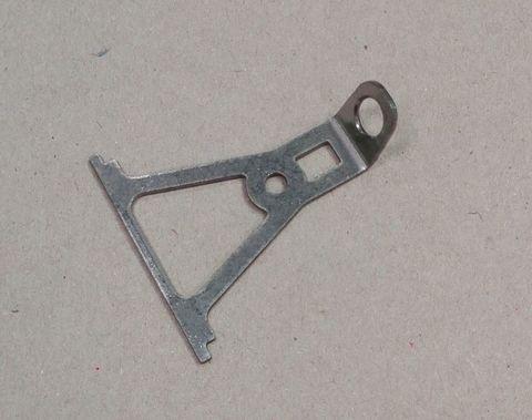 13507 Стальной штампованный рычажок на крышку коллектора
