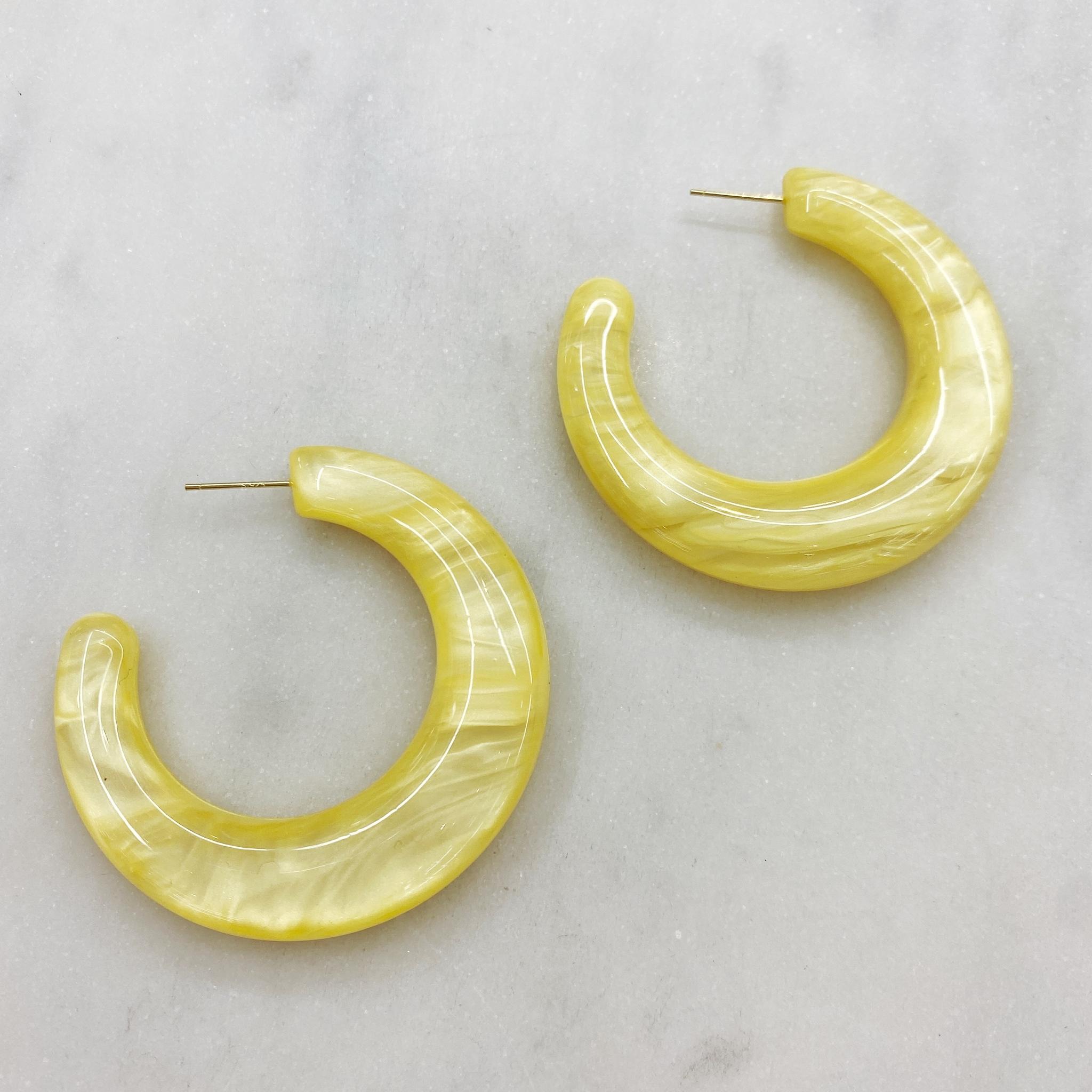Серьги-конго объемные, акрил (желтый)