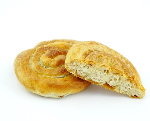 Бурек с курицей и сыром, 100 гр.(вл.50)