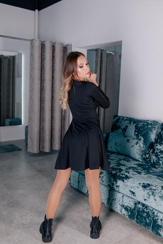 Черное платье с рукавами клеш купить