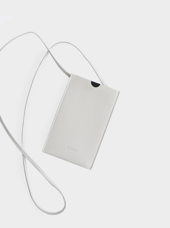 Чехол для телефона из кожи