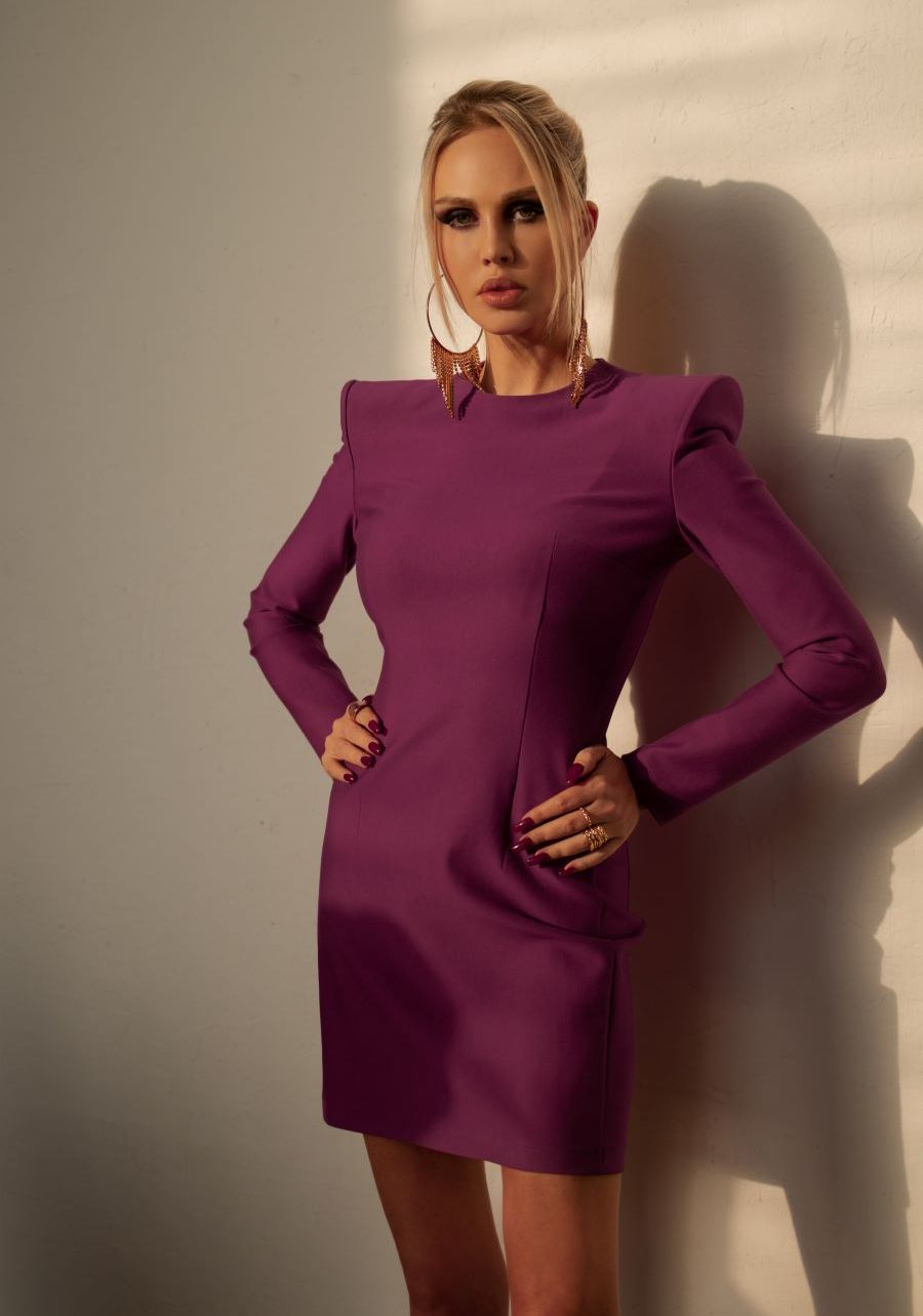 Платье из плотного трикотажа цвета фуксия мини