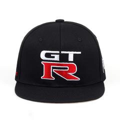 Кепка с прямым козырьком и с вышитым логотипом Ниссан Джитиар (Бейсболка Nissan GTR) черная