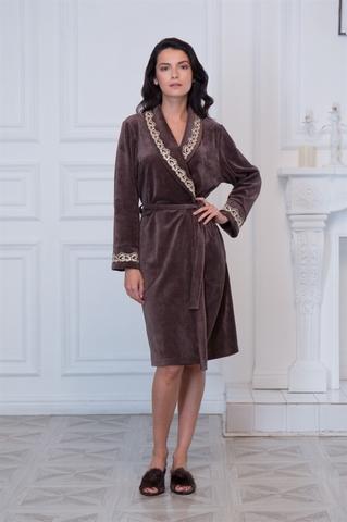 Велюровый халат коричневый