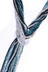 Бисерный галстук из 18 нитей черно-зеленый