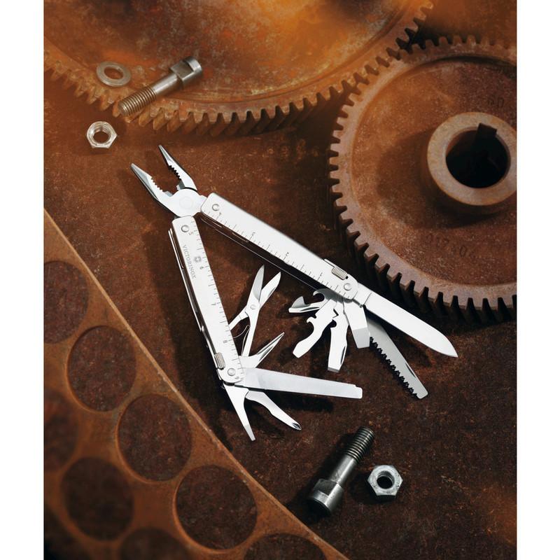 Мультитул Victorinox SwissTool (3.0327.N) 115 мм. в сложенном виде, нейлоновый чехол - Wenger-Victorinox.Ru