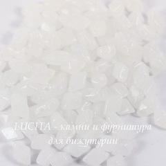 Бусина DiamonDuo mini Ромб с 2 отверстиями, 6х4 мм, белая мелованная