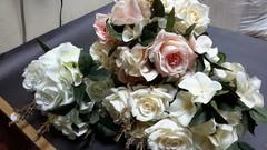 Розы искусственные с гортензией, евро букет 9 цветков, 42 см.