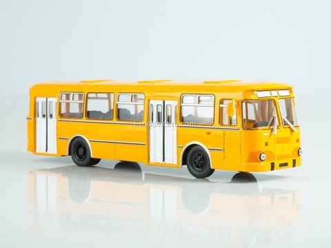 LIAZ-677M orange 1:43 Modimio Our Buses #8