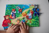 Магнитная игра «Русские народные сказки. Колобок и Теремок»