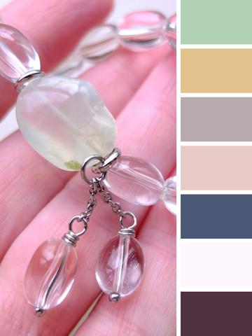 примеры цветовой гаммы одежды под браслет