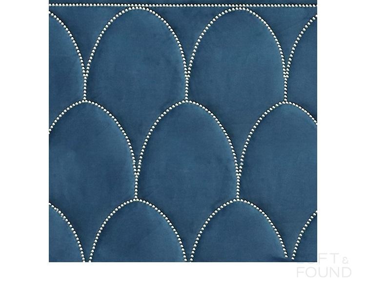 Кровать Regan Bernhardt style