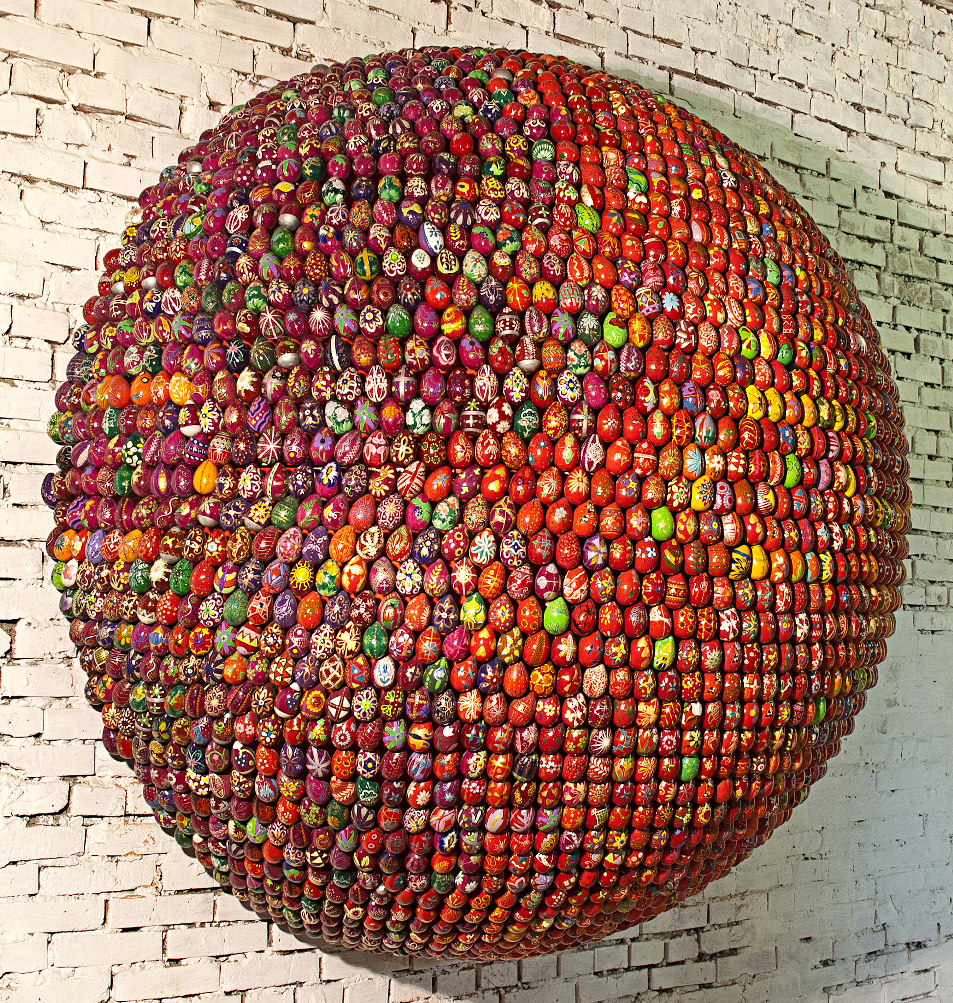 Big semisphere, red, wall- / floor-mounted