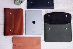 Зеленый кожаный чехол Gmakin для iPad на кнопках