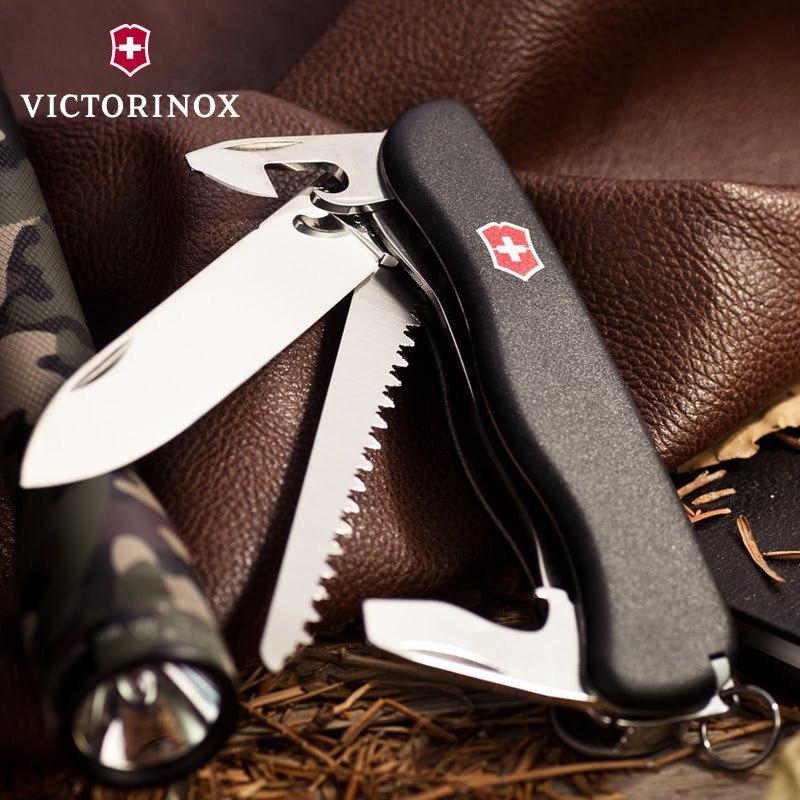 Складной швейцарский нож Victorinox Forester Black, 111 мм., 12 функций (0.8363.3) - Wenger-Victorinox.Ru