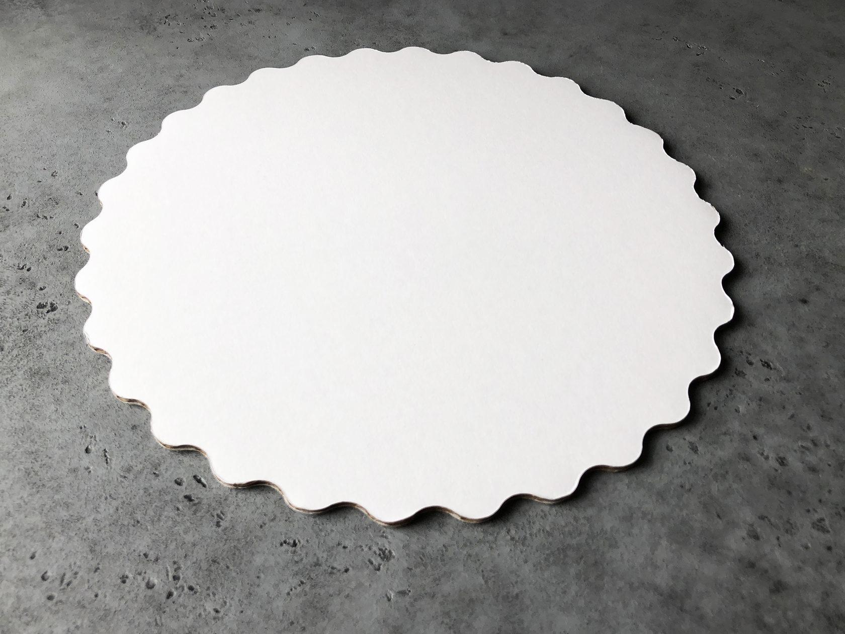 Подложка узорная белая/золотая 26 см, 3,2 мм