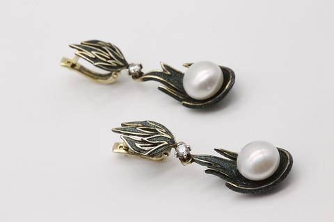 Серьги из серебра с жемчугом и фианитами 52808Y1Z