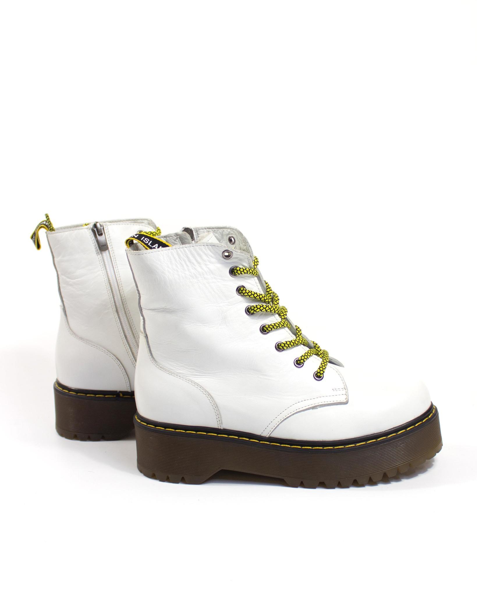 белые ботинки Secret Zone