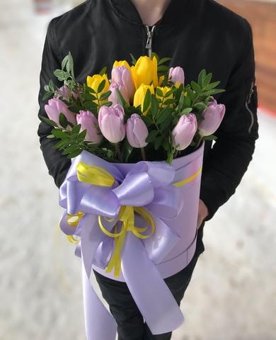 Тюльпаны в шляпной коробке #11691