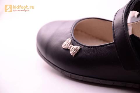 Туфли для девочек из натуральной кожи на липучке Лель (LEL), цвет черный. Изображение 15 из 18.