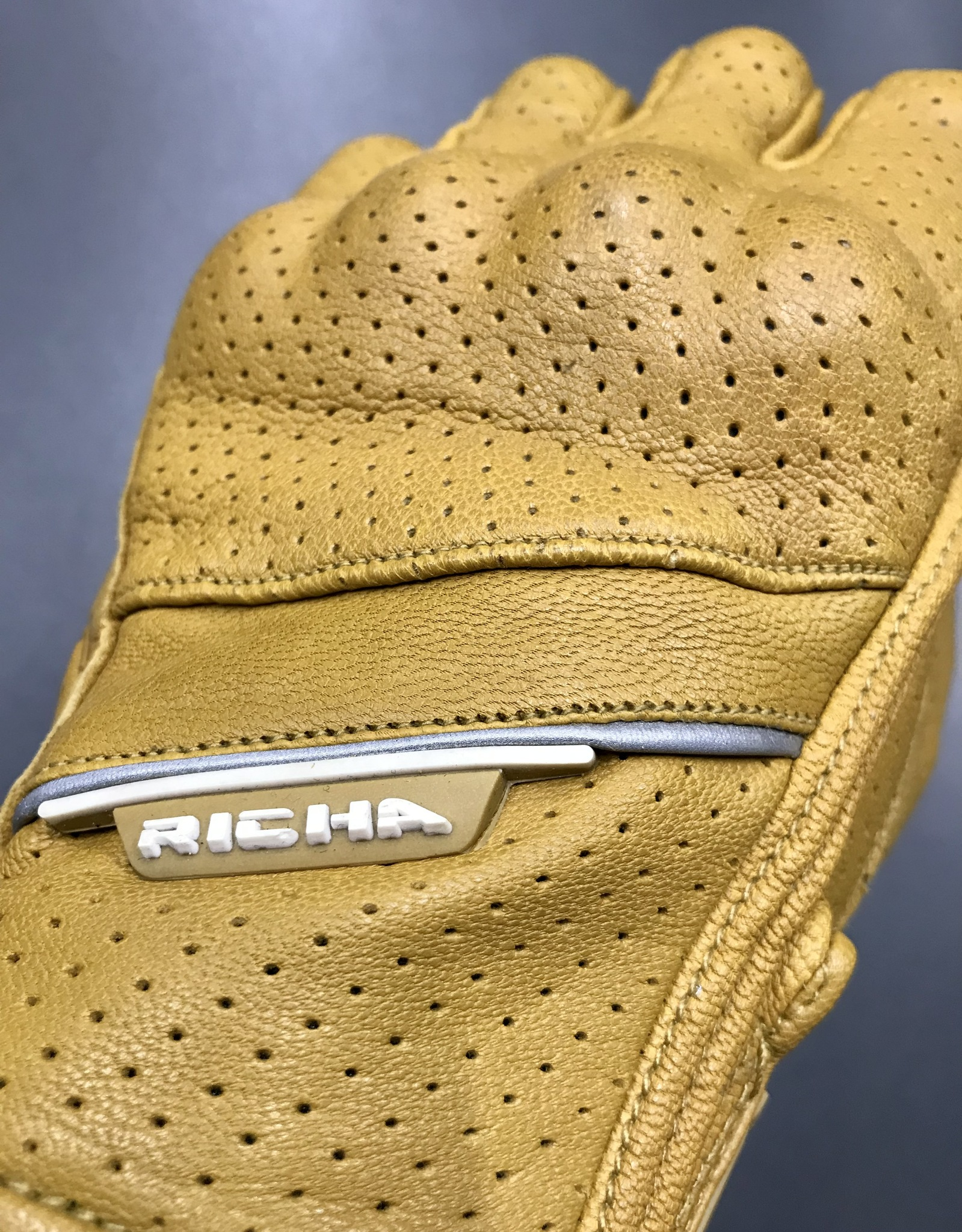 RICHA CRUISER GLOVES Perforated brown