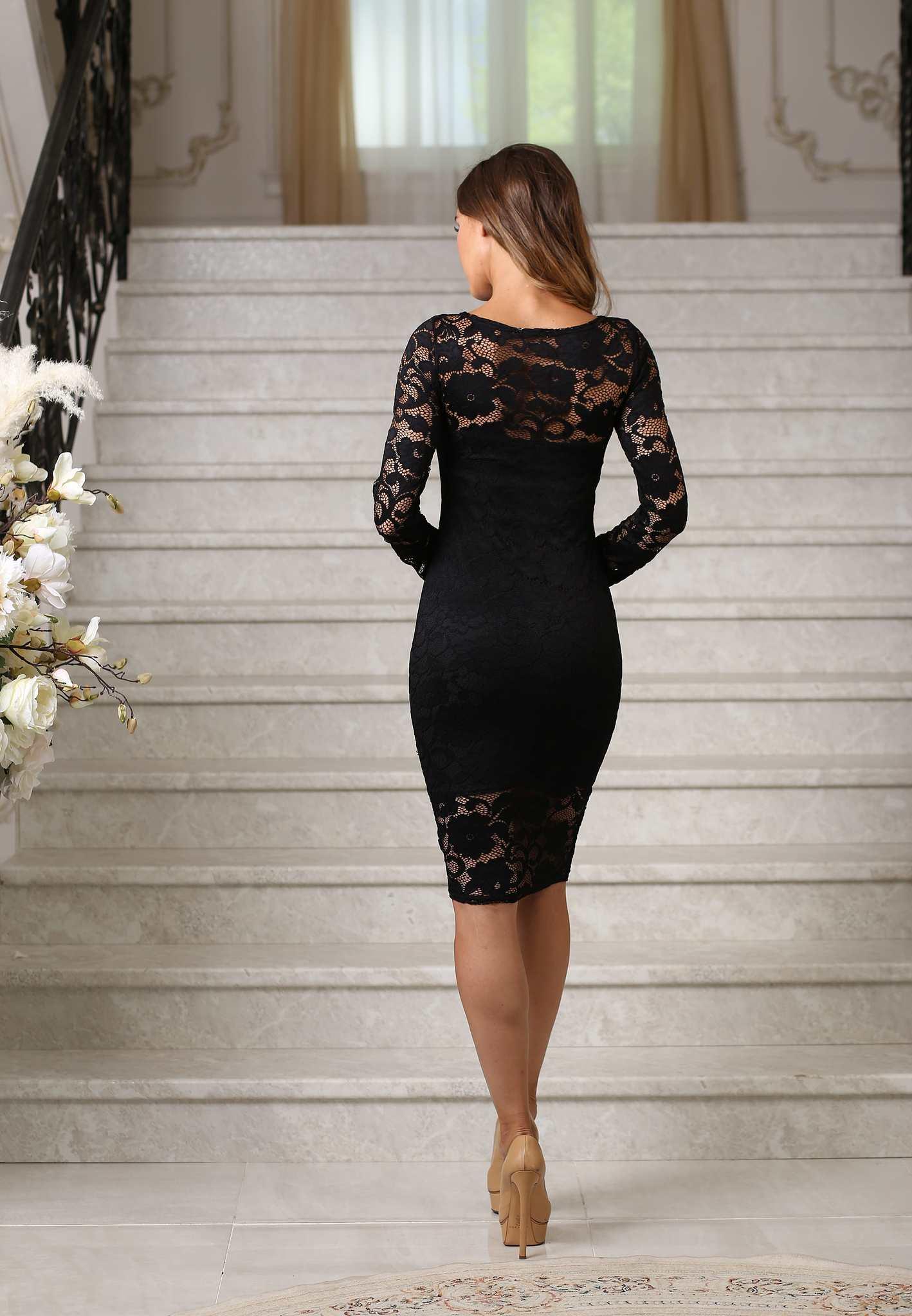 Кружевное миди платье-футляр с рукавами, черное