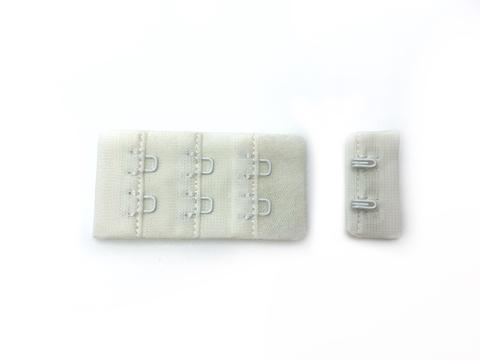 Застежка с крючками молочная 2 ряда (цв. 004)