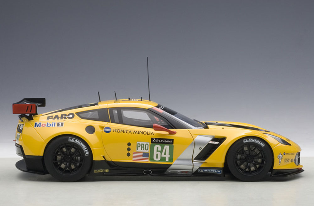 Коллекционная модель Chevrolet Corvette C7R #64 Winner LM 24hrs GTLM 2015