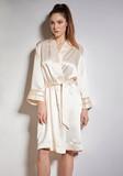 Шелковый халат кремового цвета Verdiani